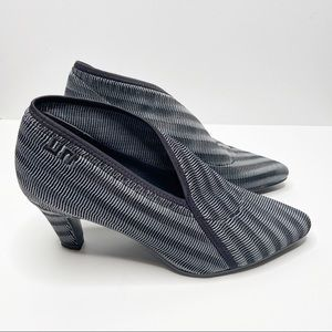 NWOT UNITED NUDE Fold Lite Striped Ankle Boots 10